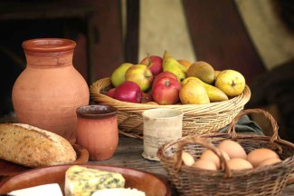 food laid out used in medieval cooking